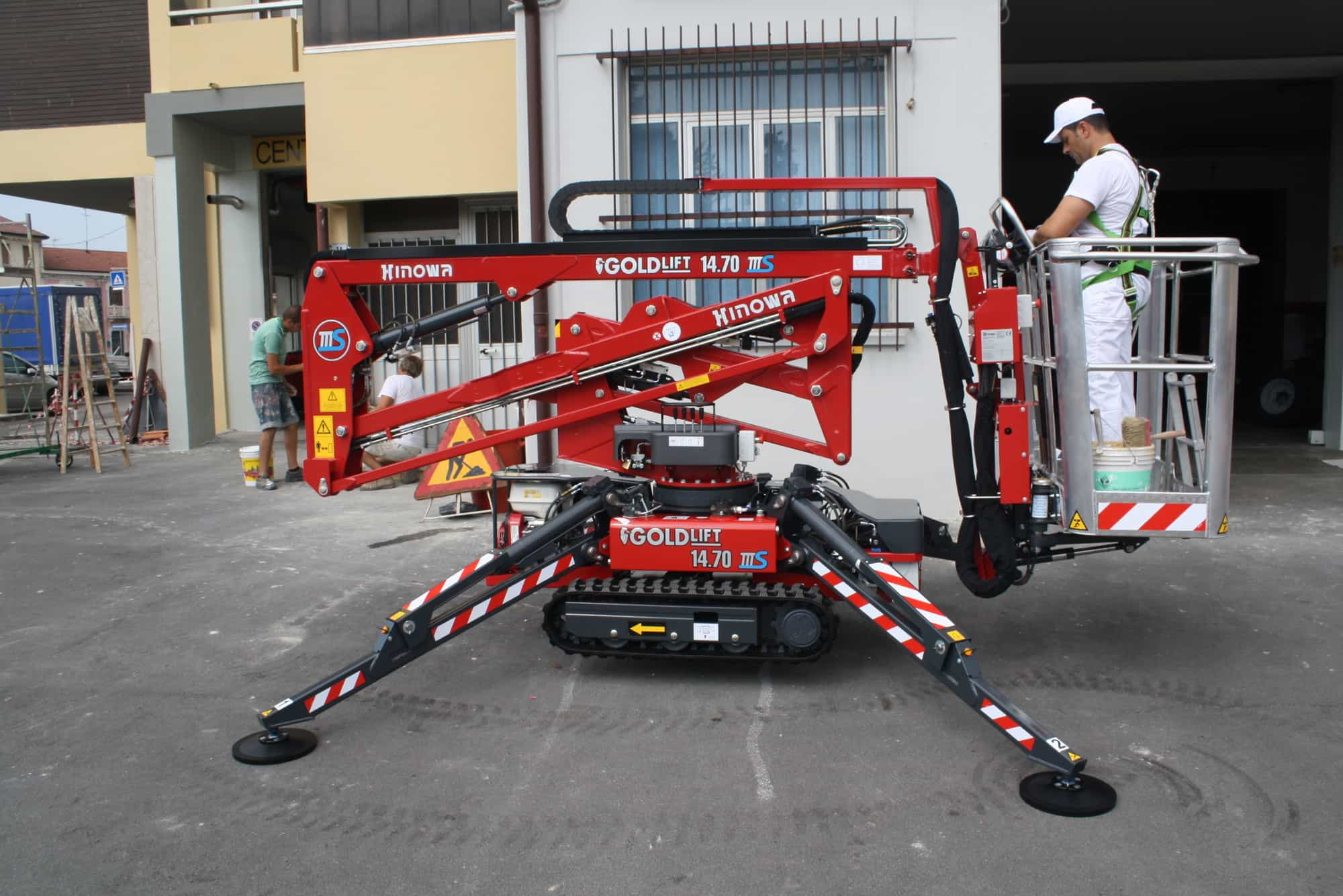 Rent Spider Lift - Hinowa Goldlift 14.70 IIIS
