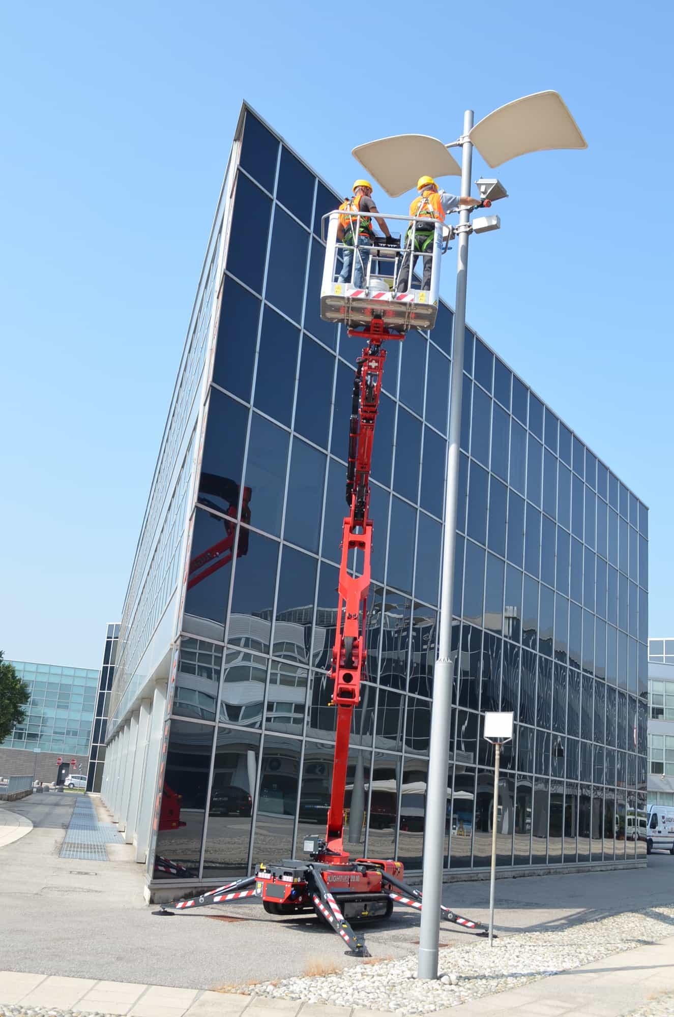 Rent Spider Lift - Hinowa Lightlift 20.10 IIIS Performance