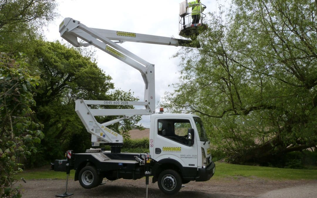 Our New 3.5 ton Nissan fitted with a P200AXE platform at work